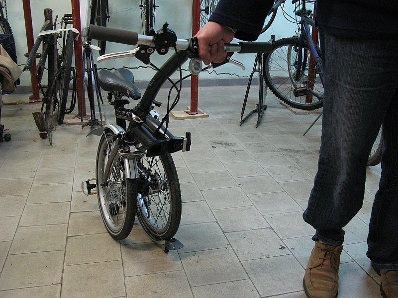 Brompton peso specchio dell 39 anima di una donna for Bici pininfarina peso